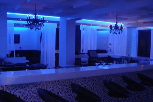 Prive nightclub vip panama for Arredamento club prive