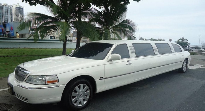 stretch limo white front